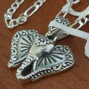 Jewelry - Sterling silver elephant necklace